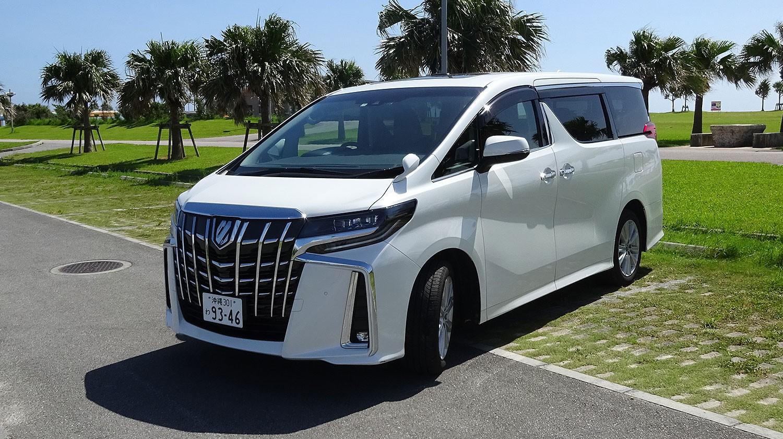 トヨタ 新型アルファード(7名乗りタイプ)